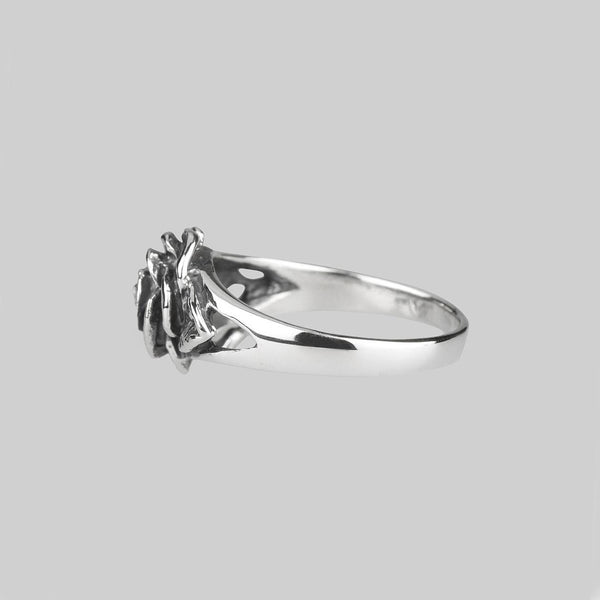 Ring - DEATHLY ROSE. Detailed Antique Silver Ring