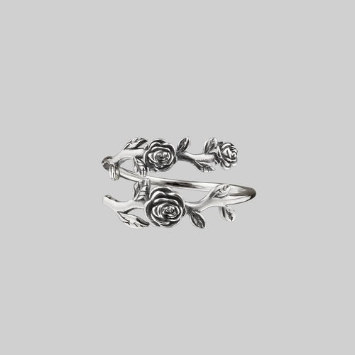 sterling silver detailed roses ring