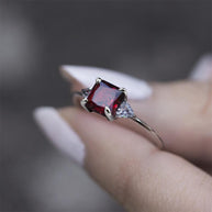 BETROTHAL. Garnet Gold Ring