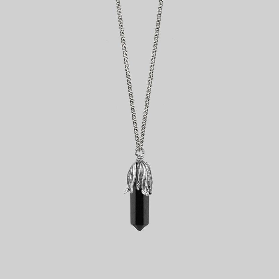 Black agate and silver necklace