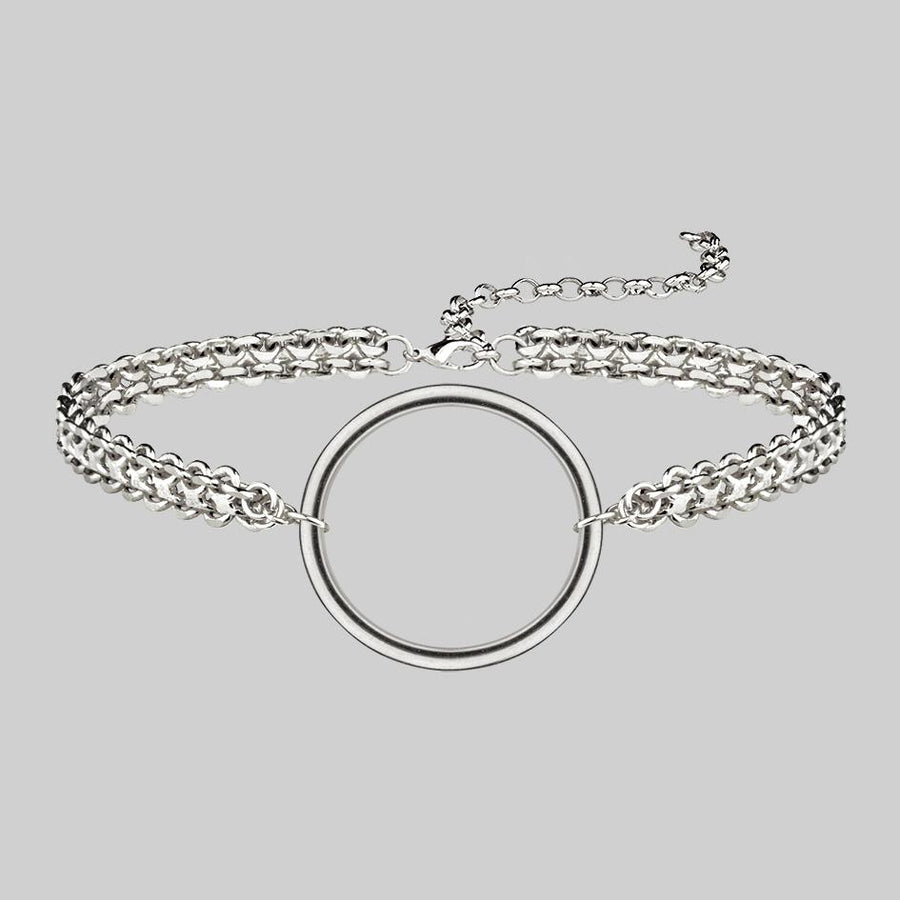 thick silver choker with ring