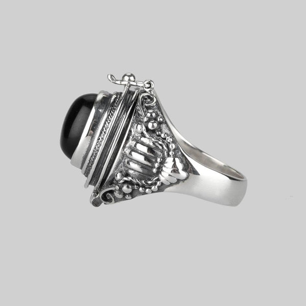 Ring - SAROS. Silver Poison Trinket Ring - Onyx