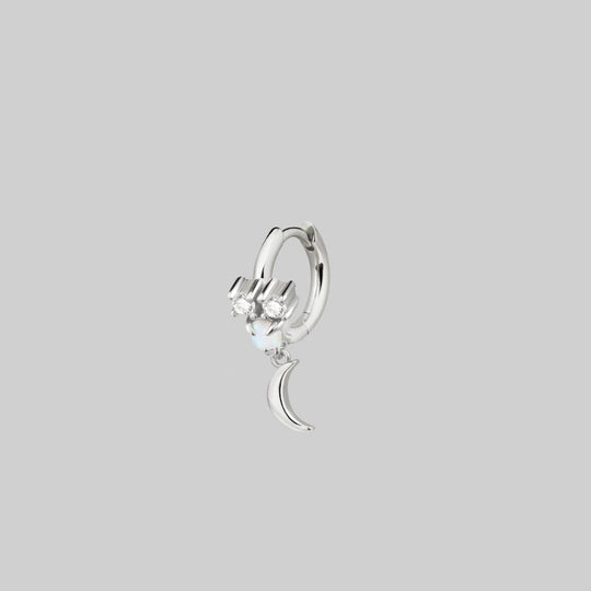 MOONLIGHT. Opal Moon Clicker Ring - Silver