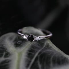 CAPULET. Black Spinel Trilogy Silver Ring
