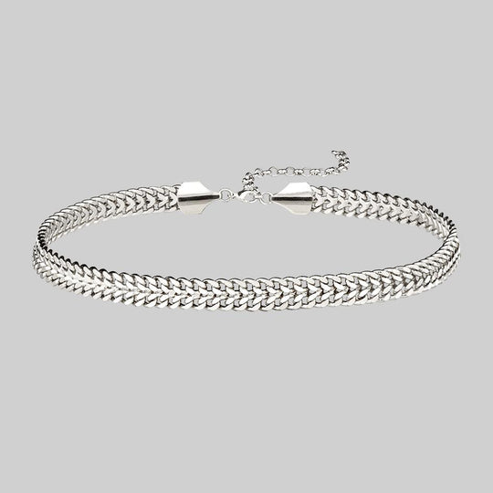 SOLACE. Wide Curb Chain Choker - Silver