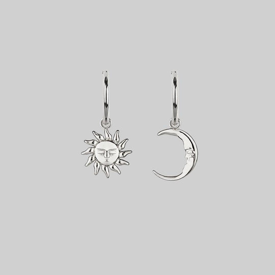 ELIN. Sun & Moon Hoop Earrings - Silver