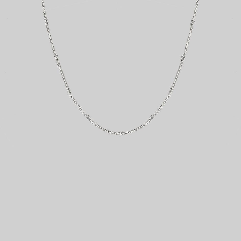 thick chain necklace with sun pattern silver