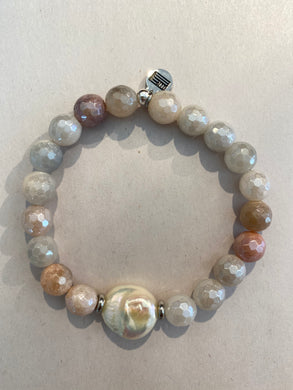 Fauceted Mookite & White Pearl Bracelet