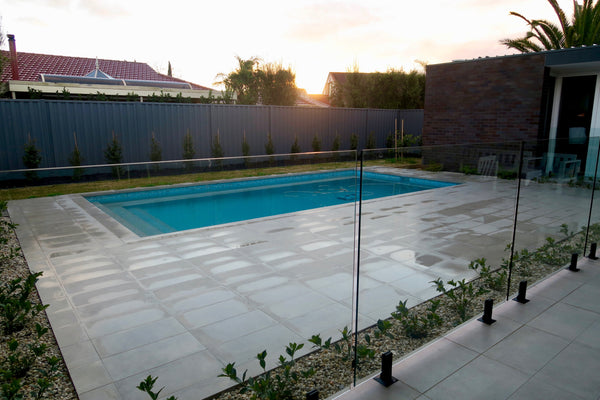 Cleaning Your Frameless Glass Pool Fence