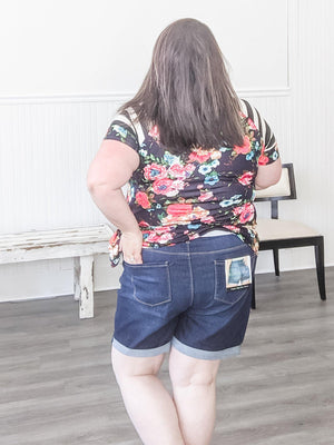 Dark Wash Rolled Cuff Jean Short shorts Stacked - Fashion for Curves