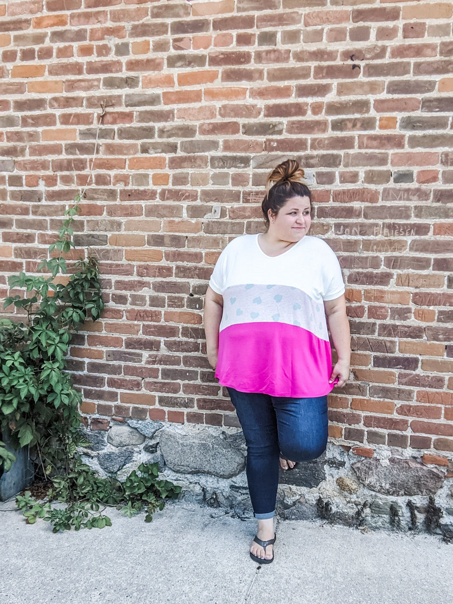 Pink + White Blocked Heart Tee Tops voll