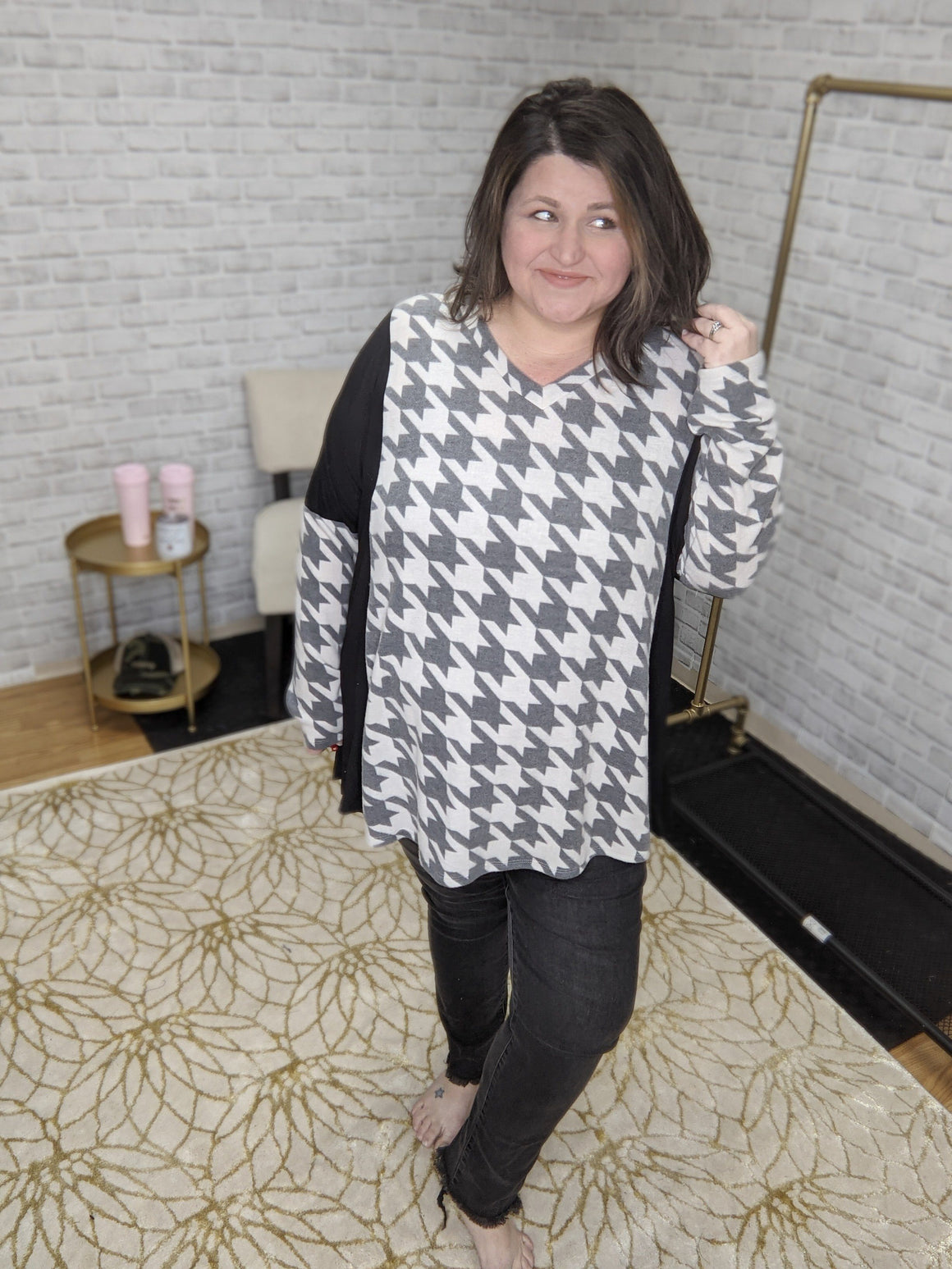 GRAY HOUNDSTOOTH VNECK TUNIC hoodies voll