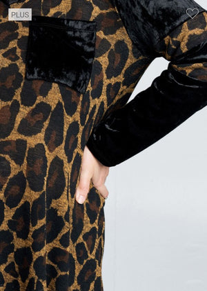 Velvet Detail Animal Print Top Tops oddi