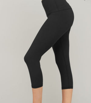 Boutique Butter CAPRI length leggings Basics rae mode