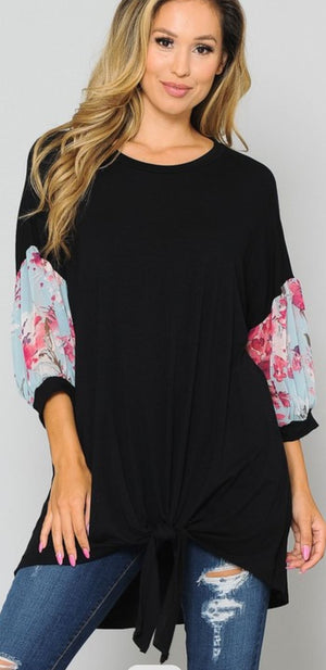SOLID TUNIC W/SPRING FLORAL SLEEVES Tops voll