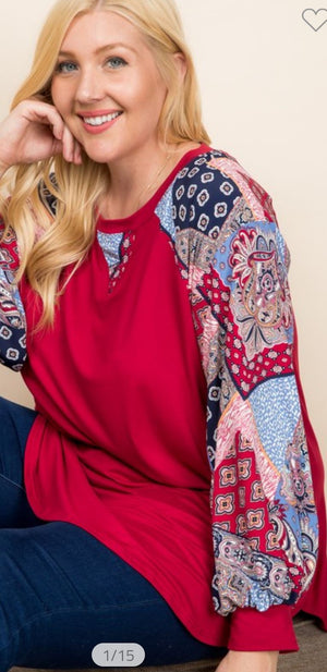 RED BANDANA SLEEVE TOP LONG SLEEVE TOPS emerald