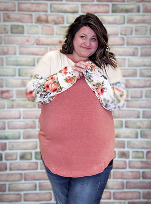Coral + Cream Floral Sleeve Top Tops Stacked Consignment