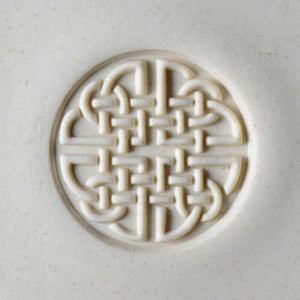 MKM Large Round Stamp Celtic Knot SCL-007