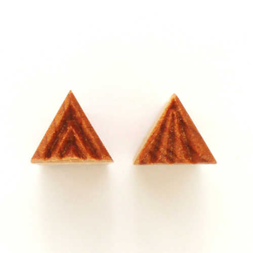 MKM Small Triangle Stamp Sts-001