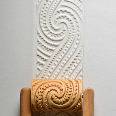 MKM Large Handle Roller Maori Spirals 2 RL-022