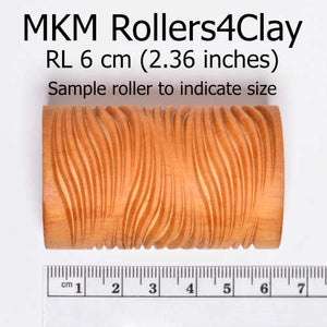 MKM Large Handle Roller Slated Grooves RL-104