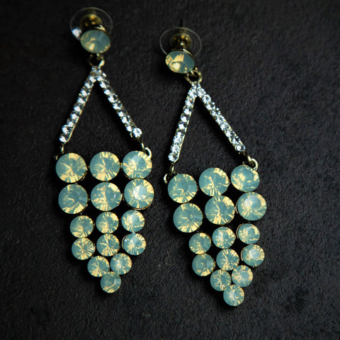 Rebel Hearts Modern Earrings having green colors. These beauties are called the Grapes of stones
