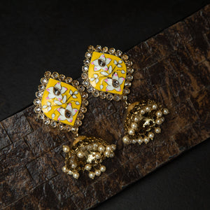 Rebel Hearts Ethnic Earrings having yellow, Gold Toned colors. These beauties are called the The pair of eyes