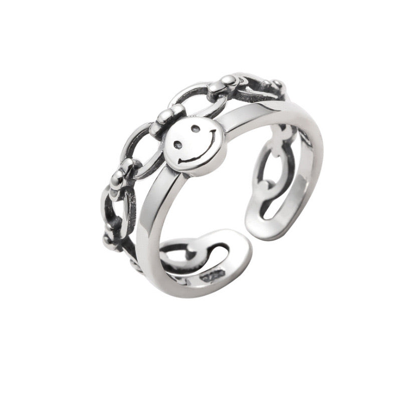 Silver Smile Chain Ring