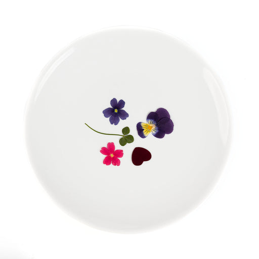A plate of five kinds of dried edible flowers