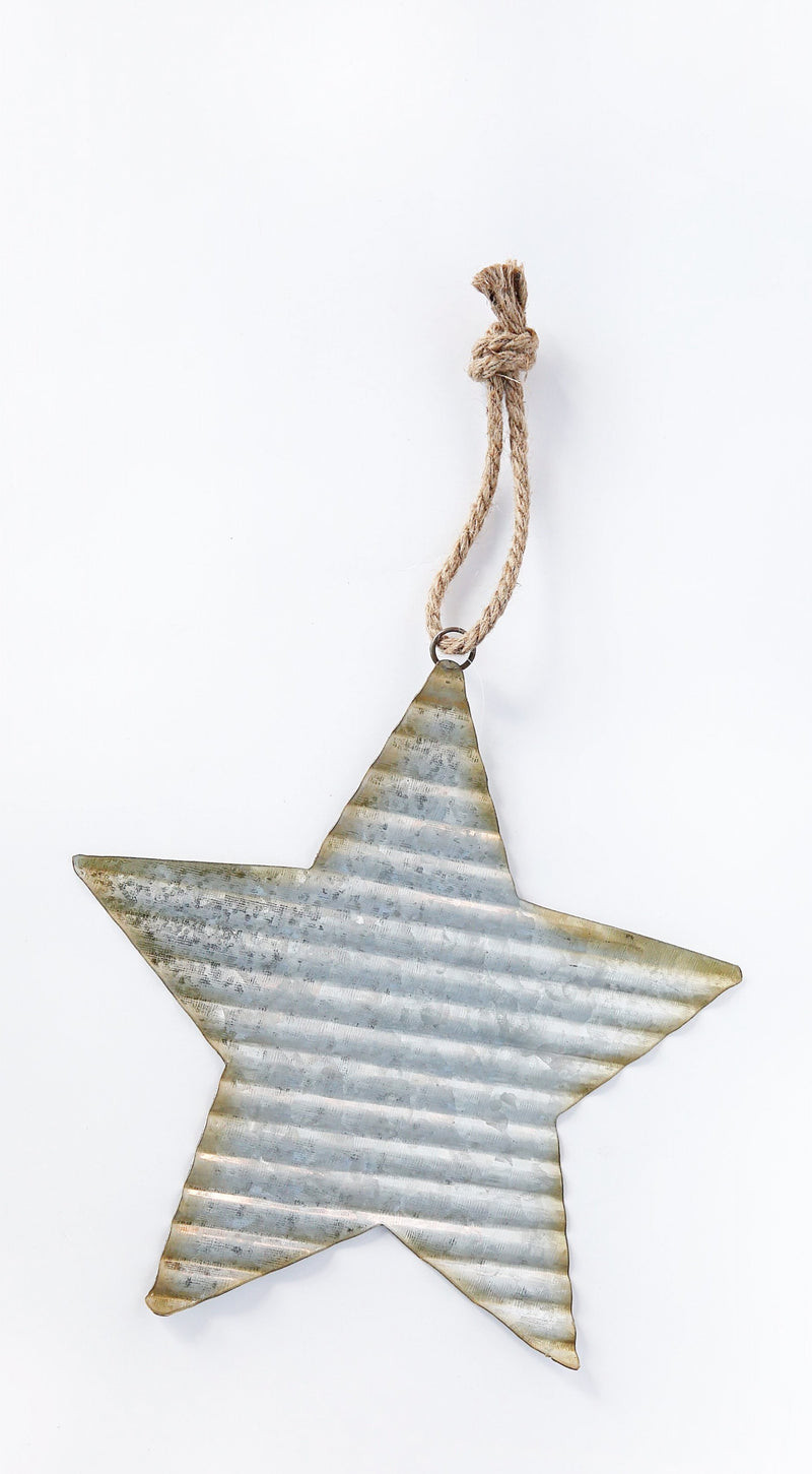 RUSTIC METAL STAR WITH ROPE HANGER