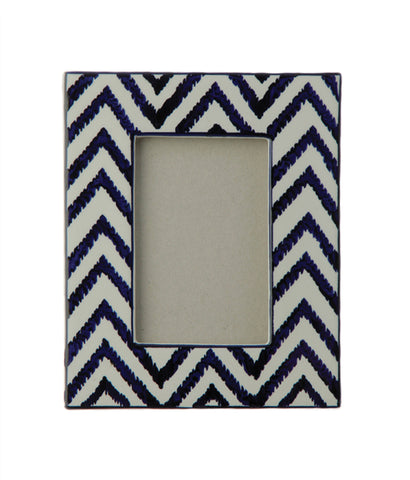 Chevron Pattern Blue & White Frame!