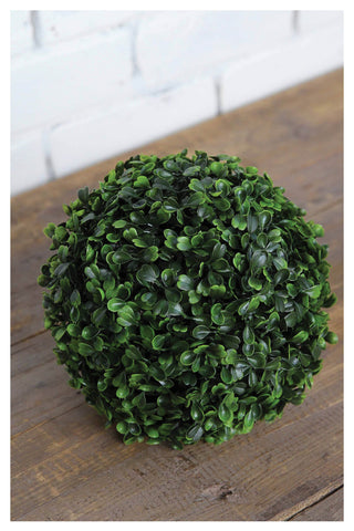 "8"" Plastic Boxwood Kissing Ball"