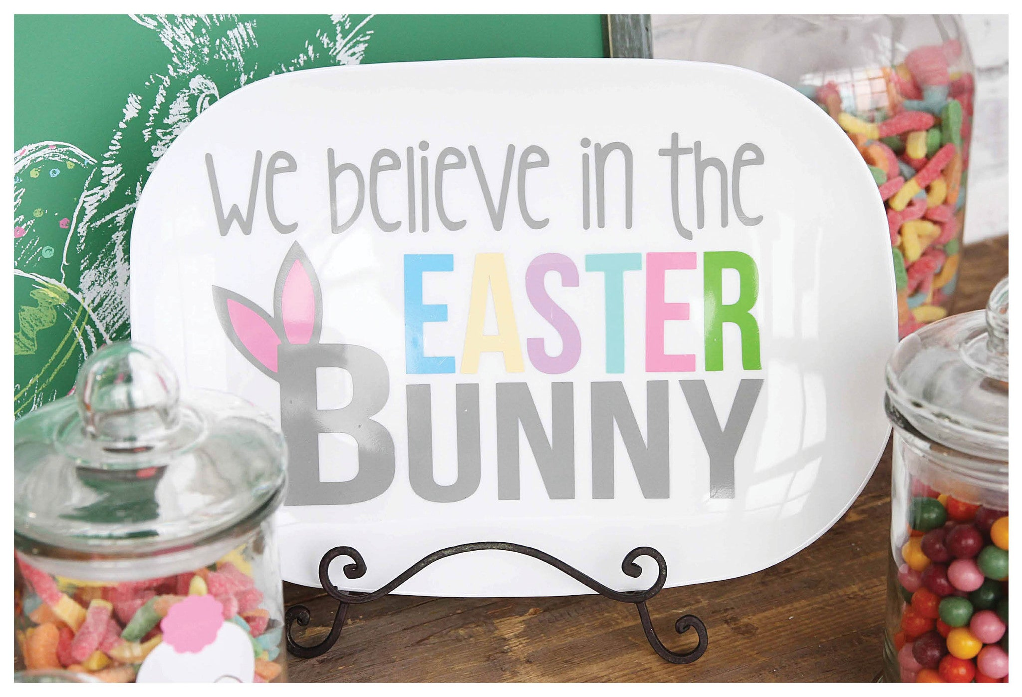 We Believe in the Easter Bunny Platter