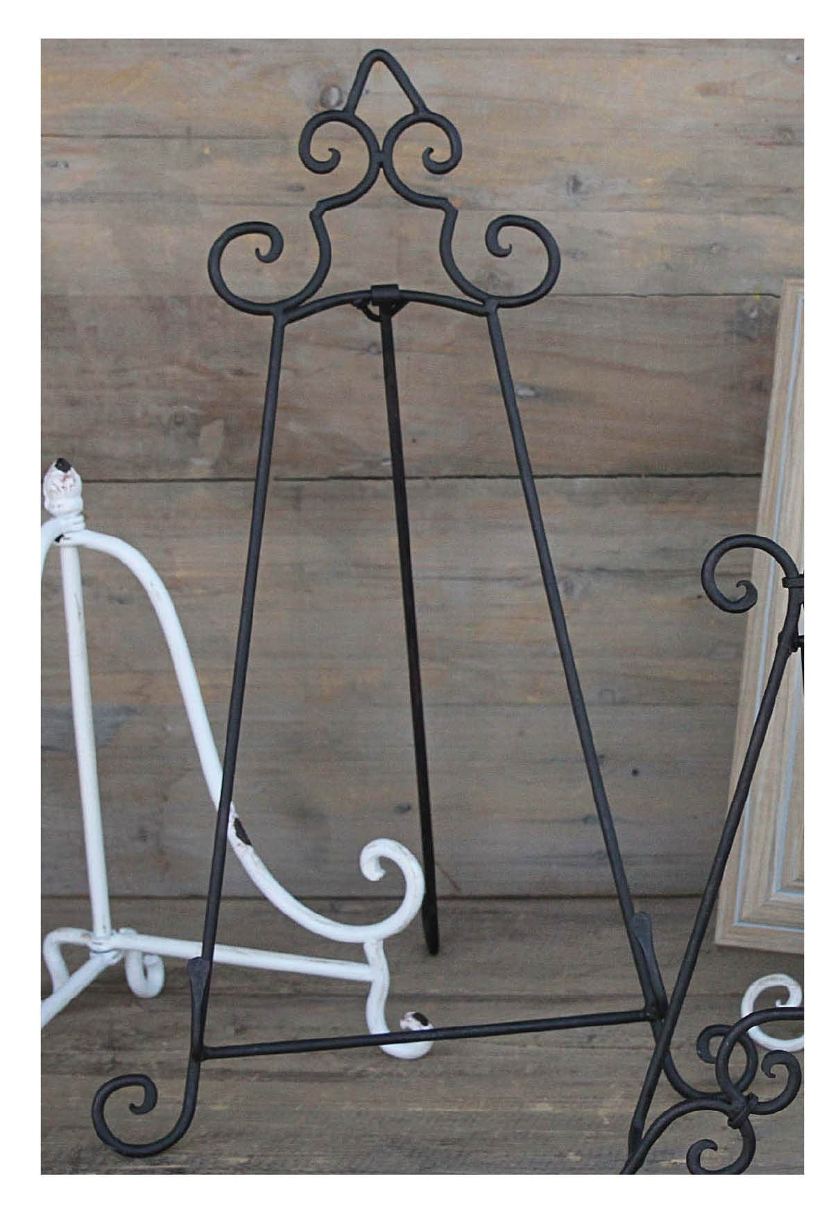 Large Metal Easels in Black