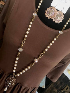 PEARLTIQUE VINTAGE NECKLACE