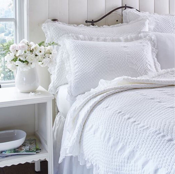 French Country & Romantic Bedding
