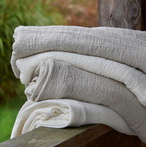 Traditions Linens Arlesienne Throw