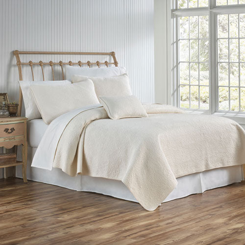 Traditions Linens Couture Coverlet (Cream)