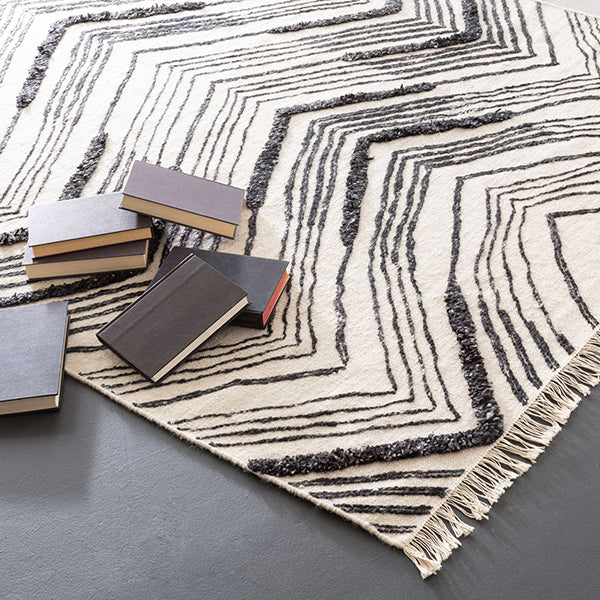 Dash and Albert Tasha Ivory/Black Woven Wool Rug - Lavender Fields