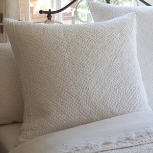 Taylor Linens Grace Egg White Sham - Lavender Fields