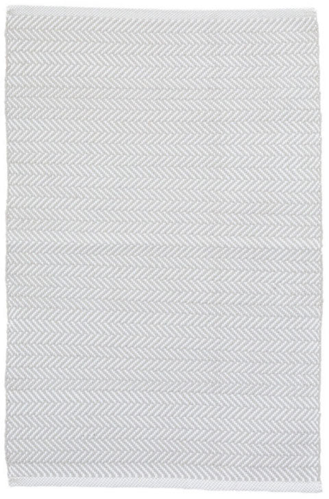 Dash and Albert Herringbone Pearl Grey/White Indoor/Outdoor Rug