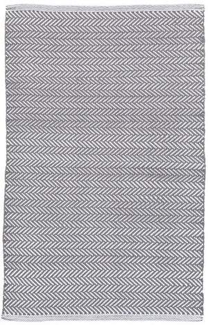 Dash and Albert Herringbone Shale/White Indoor/Outdoor Rug