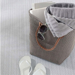 Dash and Albert Herringbone Pearl Grey/White Indoor/Outdoor Rug - Lavender Fields