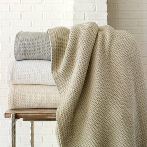 Peacock Alley Riviera Blanket in Pearl
