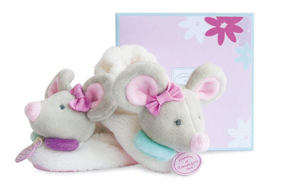 Pearly Mouse Booties