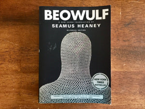 Beowulf translated by Seamus Heaney, Bilingual Edition