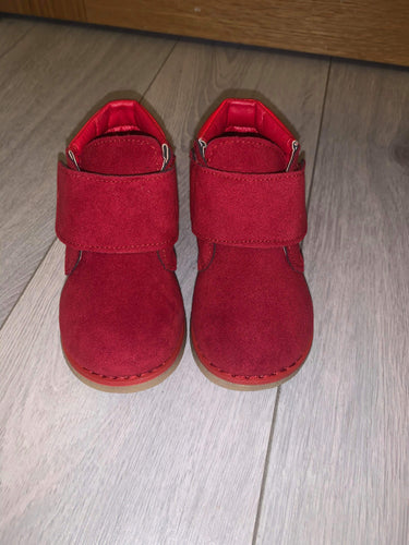 Suede red boots