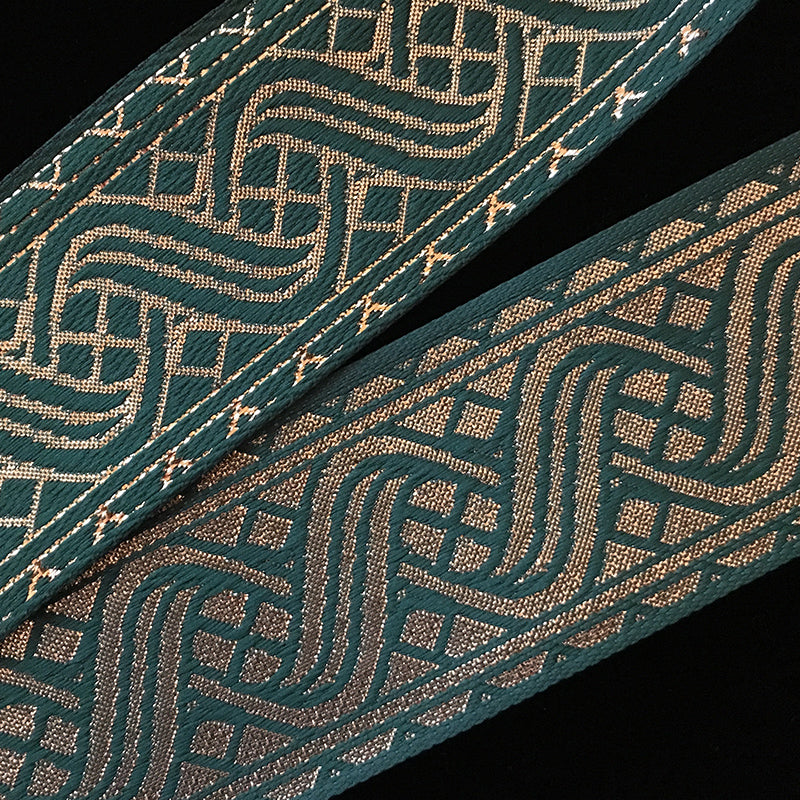 "455.5 Icelandic green/gold jacquard trim 1-1/2"" (38mm)"