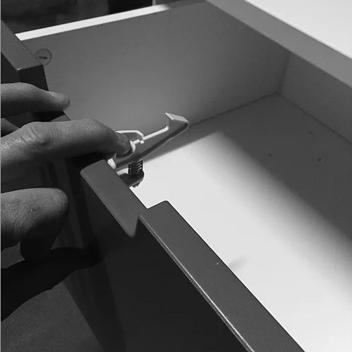 No Handle Drawer Catch