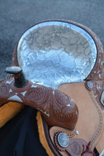 Load image into Gallery viewer, Alamo Saddlery Python Seat Toast Leather Barrel Saddle